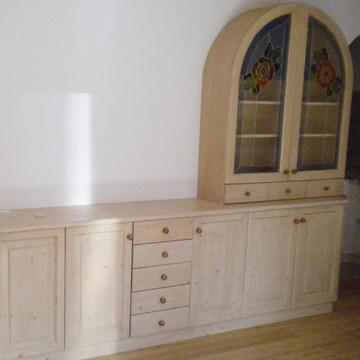 Produzione mobili in legno falegnameria caviola roberto a for Mobili trentino